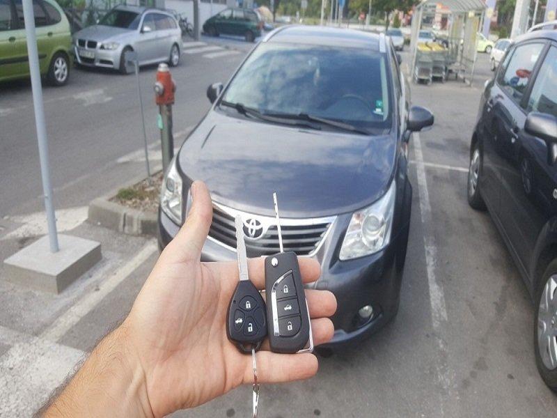 Ключ за Тойота Авенсис 2010г. Изработка на Дубликат