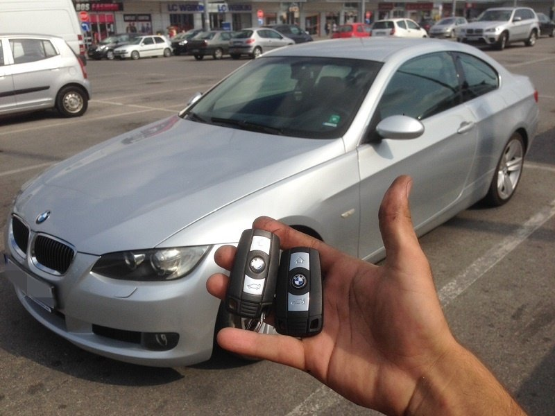 Изработка на втори ключ за BMW E92 2009