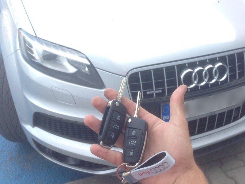 Ключ за Audi Q7 от 2009 година. Изработка на дубликат